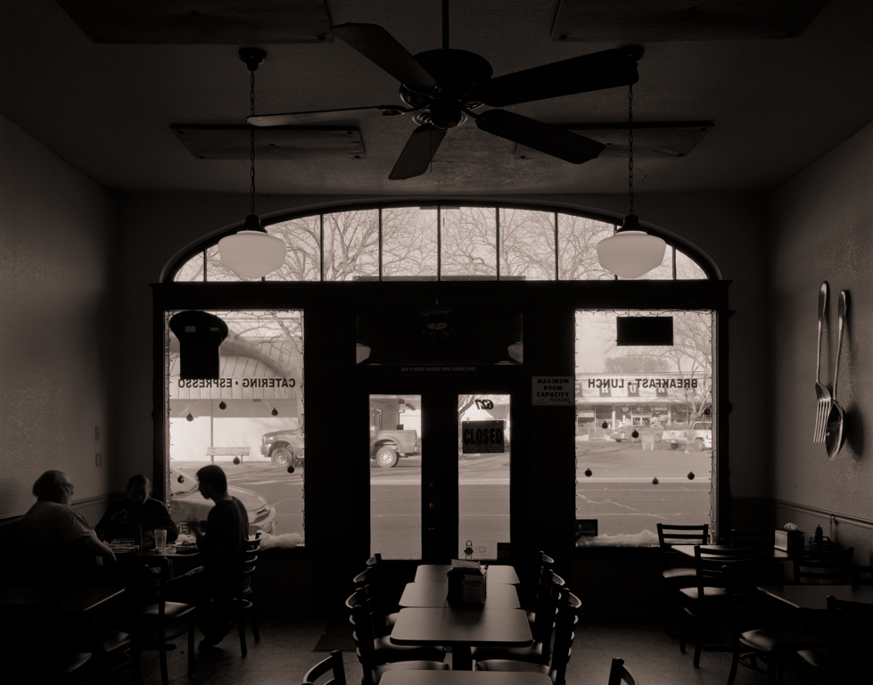 Tommy's Grill, Colusa, 2011